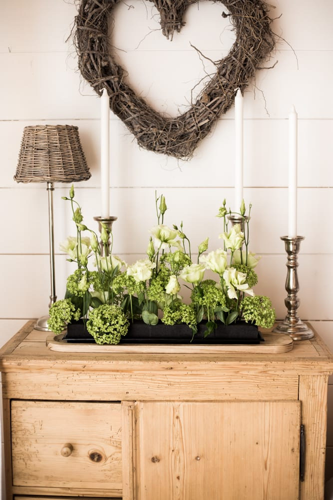 Plain Room Decoration Oasis Floral