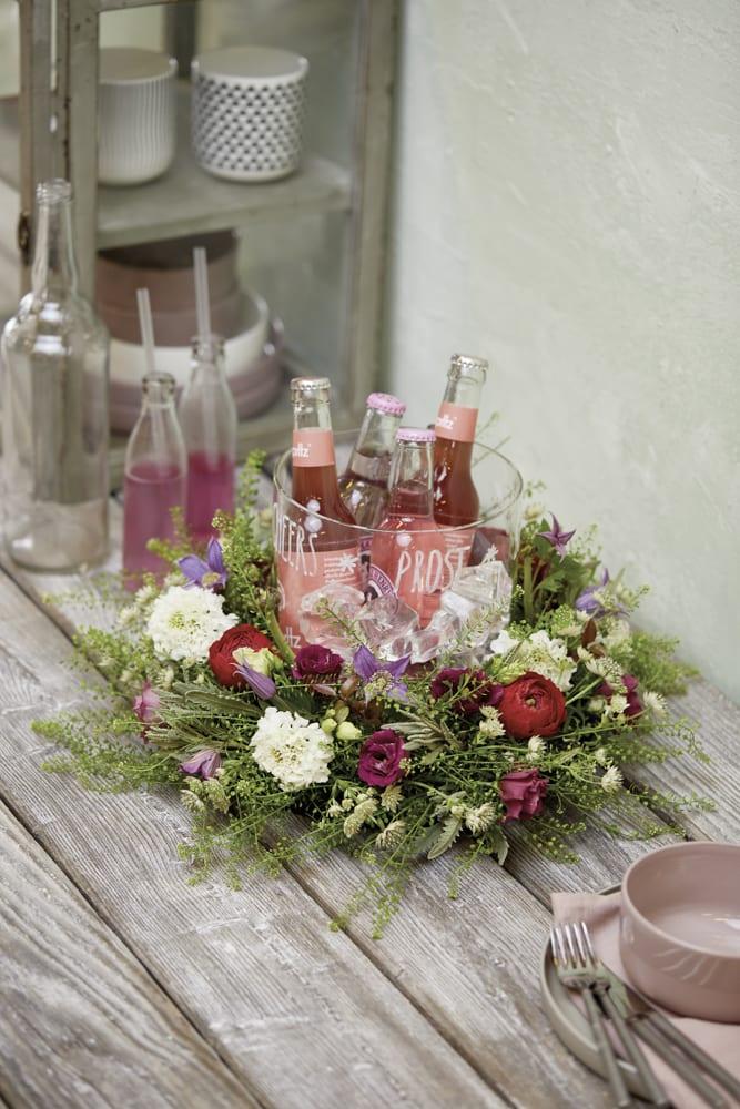 Floraler Getränkekühler