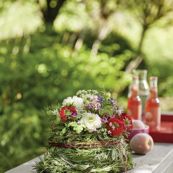 Geschenk Kräuter Blumen Steckschaum